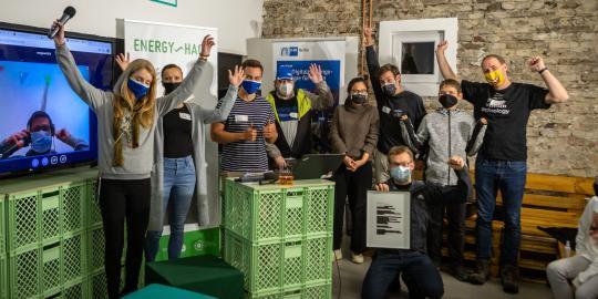 Foto der Gewinner des EnergyHack 2020 in Berlin